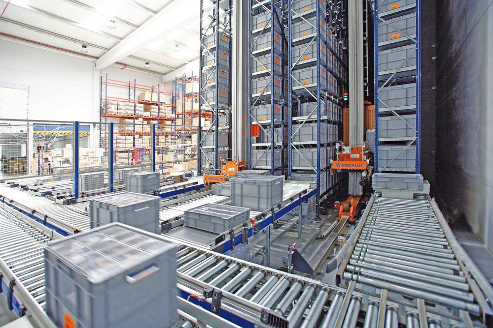 Box conveyor system allowing mezzanine floor space to be utilized in manufacturing line process